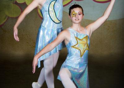 Liezel Marais Dance Academy - Show 2013 - Peter Pan - Main Moon and Star